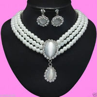 Free shipping .219 Beautiful White Opal Pendant 3 Rows Wht Pearl Necklace Earring