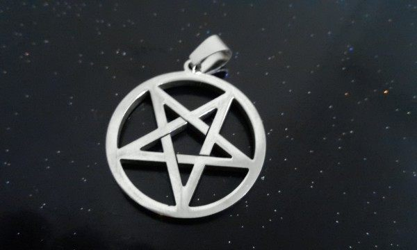 Online shop stainless steel silver pentagram satanic symbol satan stainless steel silver pentagram satanic symbol satan worship pendant necklace 30mm with 24 ball chain aloadofball Choice Image