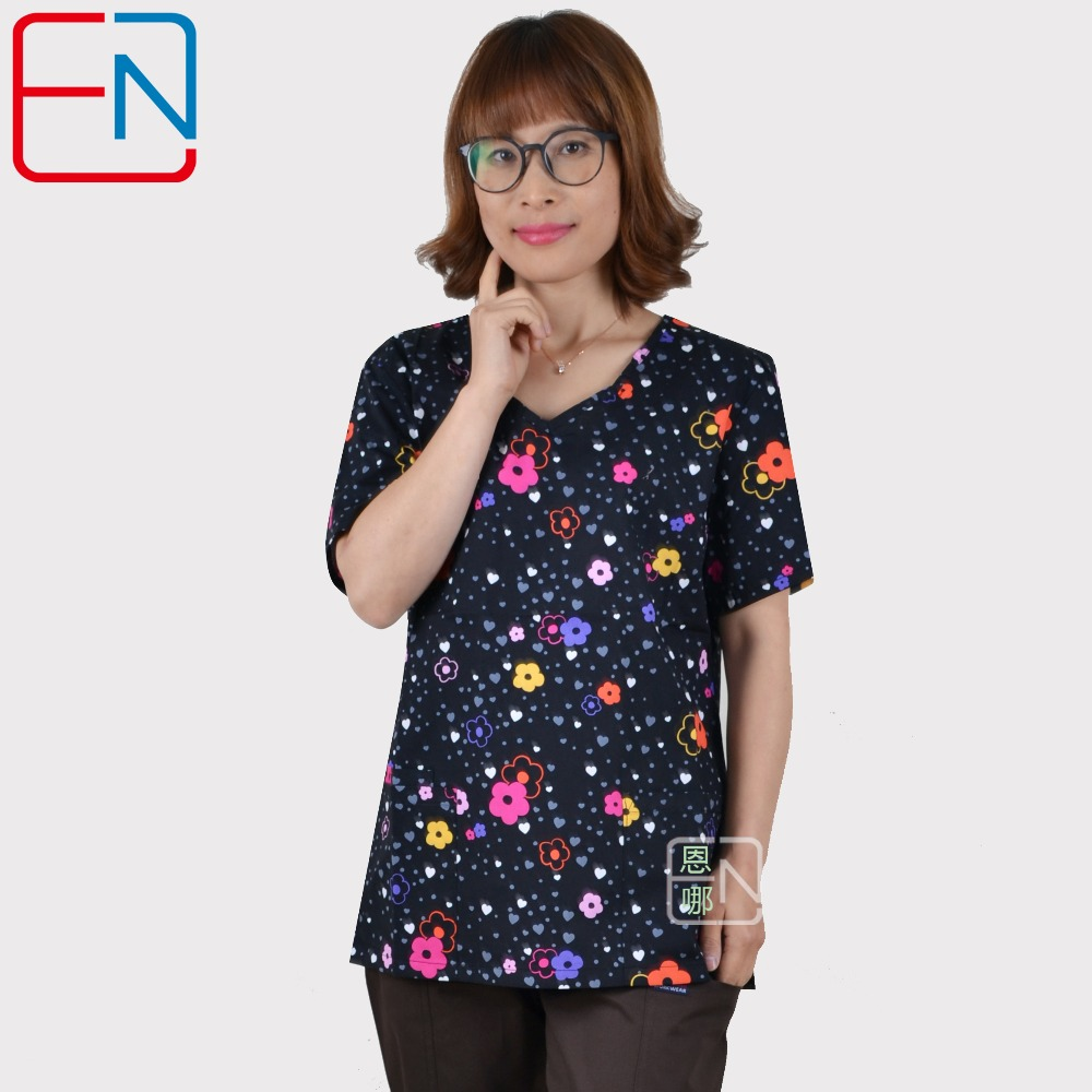 Hennar Women Scrub Top V-Neck Print Hospital Medical Uniforms Short Sleeve 100% Cotton Clinical Women's Surgical Scrubs Top