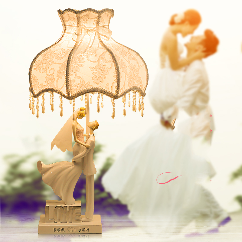 Fashion Resin Table Lamps For Bedroom Luxury Crystal Table Lamp Brief Modern A Pair Of Hugging Couples Decoration Lamp modern brief fashion ofhead lamps table lamp