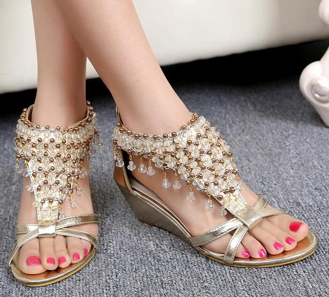 70b3f4455e0 Mujer-de-verano-playa-zapatos-dama-De-la-Moda-sandalias-sandalias -Romanas-de-puntillas-brillante-de.jpg_640x640.jpg