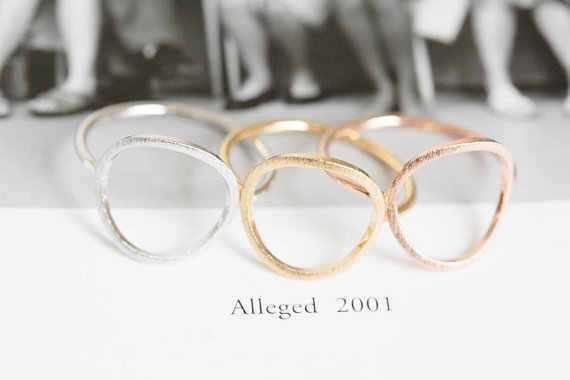 Jisensp простой матовый золотой круг кармы кольца для женщин модные круглые вечерние свадебные кольца обручальные кольца ювелирные изделия Прочные Кольца бижутерия