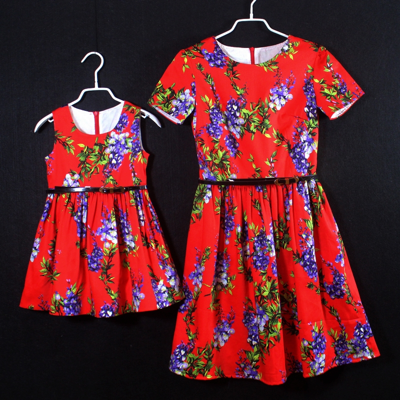 Family matching outfits brand floral prints pleated skirts women red mididress children girls dress mother and daughter dresses