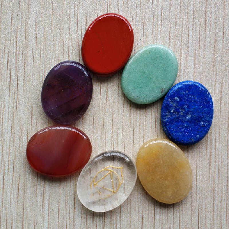 Nenhum buraco 2018 novo mix pedra Natural sete chakras patten esculpido oval pingentes para jóias acessórios fazer 7 pçs/lote atacado