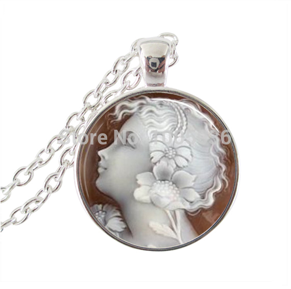 Family Decor CTV Fire Balloon Art Pendant Necklace Cabochon Glass Vintage Bronze Chain Necklace Jewelry Handmade