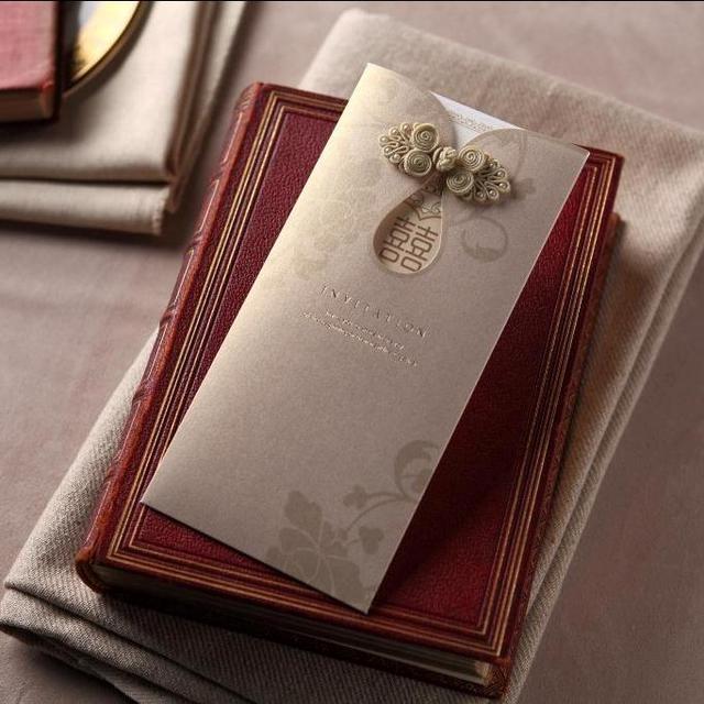CW2051 gold Chinese Wedding Invitation Card with Cheongsam buckle