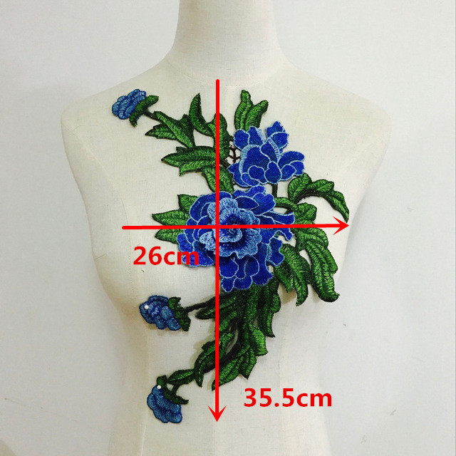 Neu Schmetterling Patch Embroidery Kragen Applique Annähen Patch Büste Kleid