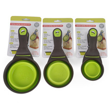 Food scoop for healthy pets.
