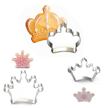 Hot 3PCS/Lot Crown Cookie Cutter Set Stainless Steel Mold For Cake Cupcake Biscuit Fruit Kitchen Fondant Baking Tools
