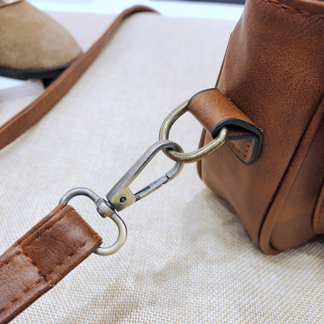 2018 Retro New Women Casual Buckle Crossbody Messanger Bag Women Small Square Leather Single Bag Shoulder Bag