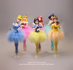 Image 1 - Disney Juego de 6 unidades de bolígrafo Blancanieves de la princesa Cenicienta, figura de acción de decoración, colección de PVC, modelo regalo