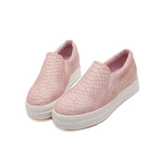 2016 Spring Autumn Casual Soft Flats Shoes Women Pink Black Round Toe Ladies Slip On Moccasins Driving Loafers Creepers Platform