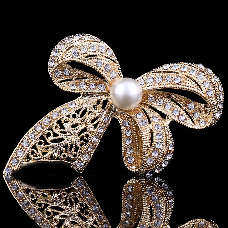 Fashion 2017 New Arrival Women Wedding Brooches Wholesale,Ladies Bow-knot Brooch,Women Wedding and Party Dresses Brooches