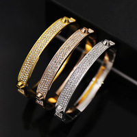 Tyme en acier inoxydable punk bracelet & bracelet composant logiciel enfichable bande rivet titanium argent amour bracelet pour les femmes