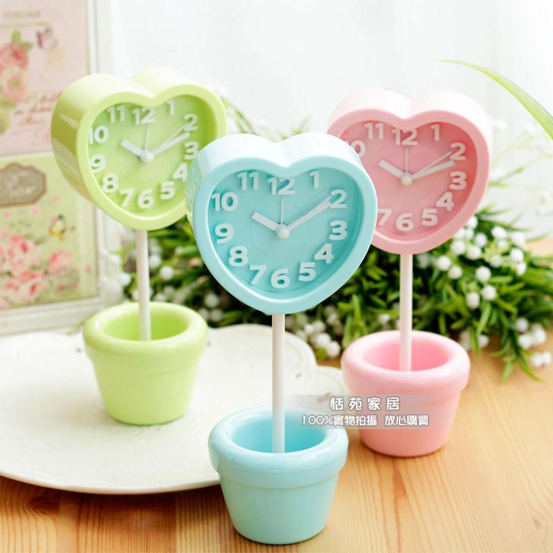 Creative Flower Small Alarm Clock Bonsai Heart Clock Childrens Room Timing Alarm Child Round Alarm Clock 3 Color Options