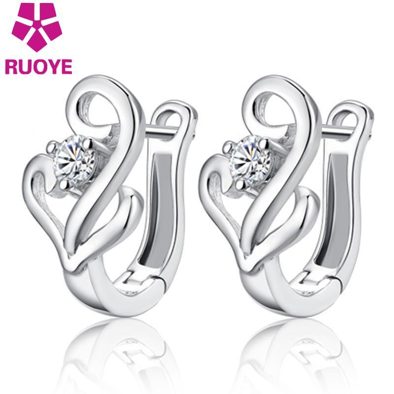 Fashion Wanita Stud Earrings Kristal Tergabung Hati Anting-Anting Untuk Wanita Korea Perhiasan Perak pendientes oorbellen