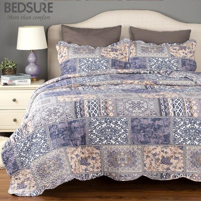 Bedsure Luxe Blauw Mengen Plaid Beddengoed Zacht Gewatteerde Bed Set Linnen  Microfiber Patchwork Sprei Beddengoed Vel f5db1018eb8