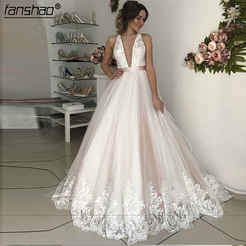 2019 Muslim Wedding Dress Deep-V Lace Illusion Vestido De Noiva Dubai Arabic Wedding Gown Bridal Dress