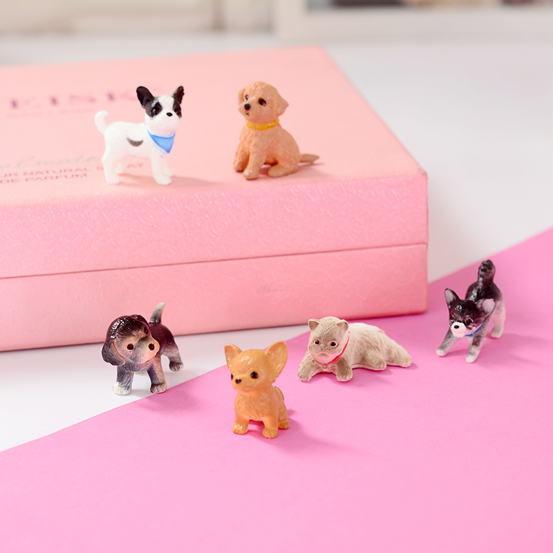 6Pcs / 1Lot Cartoon Plast Gullig Mini Animal Model Husky Bulldog - Dockor och tillbehör