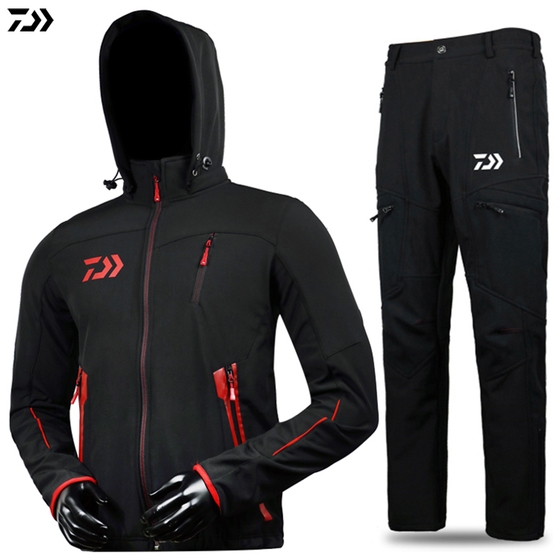 DAWA DAIWA Man Outdoor Sportswear Waterproof Windproof Sunscreen Breathable Fishing Clothing Suit Hooded Fishing Pants and Coat