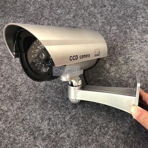 Image 2 - 2 PC Realistische Aussehen Dummy CCTV Sicherheit Kameras Gefälschte Kugel Kamera Im Freien Blinkt IR LED Überwachung Emulational Kamera