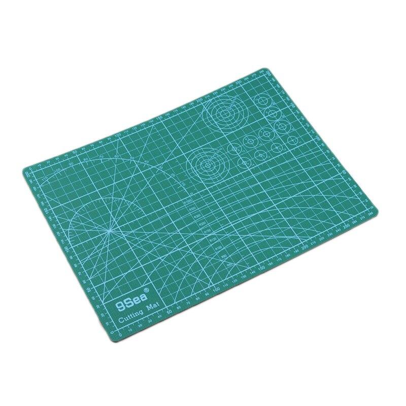 Pvc Rettangolo Self Healing Cutting Mat Strumento A4 Craft Verde Scuro 30 cm * 22 cmPvc Rettangolo Self Healing Cutting Mat Strumento A4 Craft Verde Scuro 30 cm * 22 cm