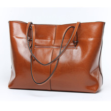 2017 new leather handbags Shopping bag portable leather bag Simple and practical ladies big bag