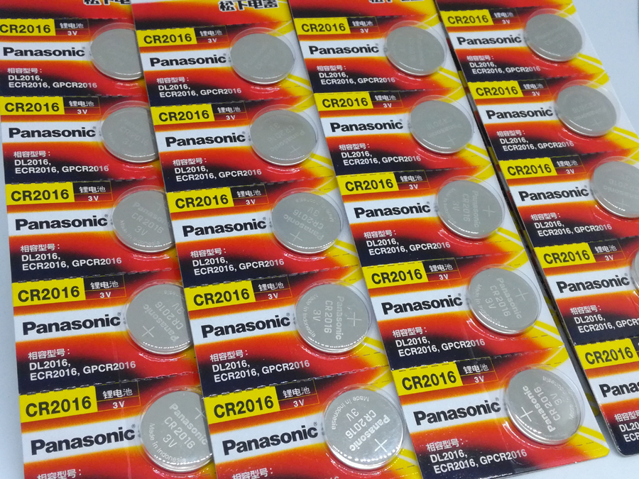 100pcs lot New Original Panasonic CR2016 2016 3V Button Cell Battery Coin Batteries For Watch Computer