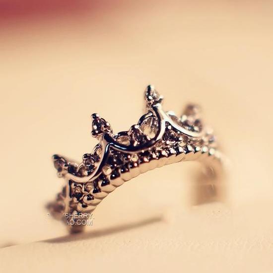Free Wings Queen's Silver Crown Rings Әйелдер үшін Punk - Сәндік зергерлік бұйымдар - фото 3