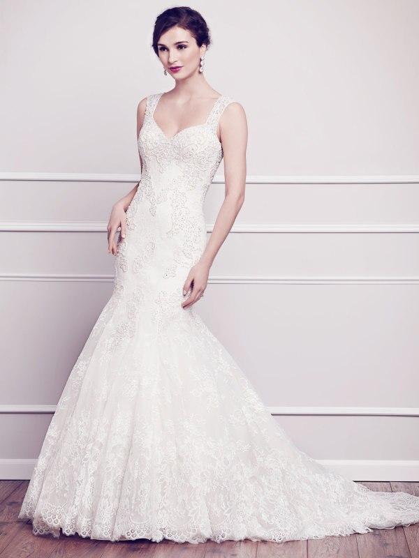 Wedding Dress For Petite Bride