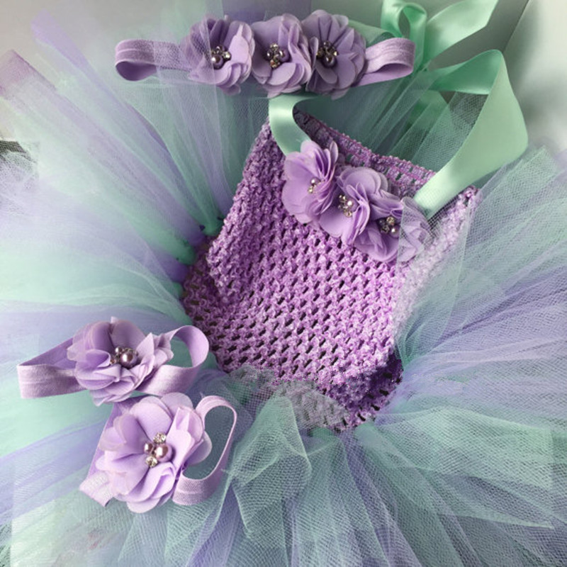все цены на Newborn 4PCS Sets Flower Headbands Tutu Dress Foot Flower Barefoot Sandals for Infant Baby Girls