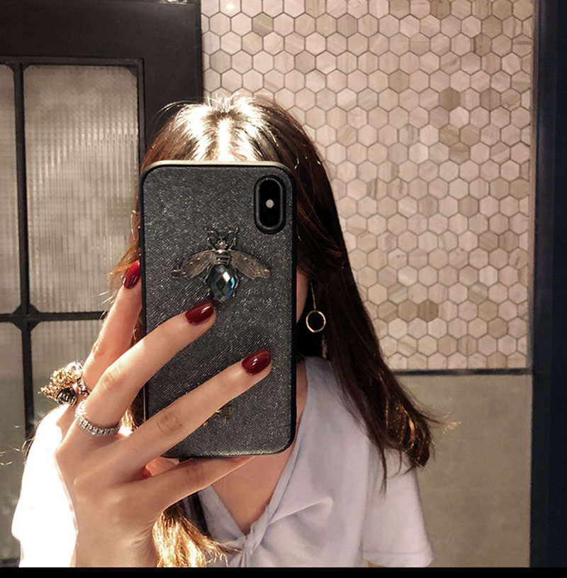 Diamond Bee Case for iPhone SE (2020) 31