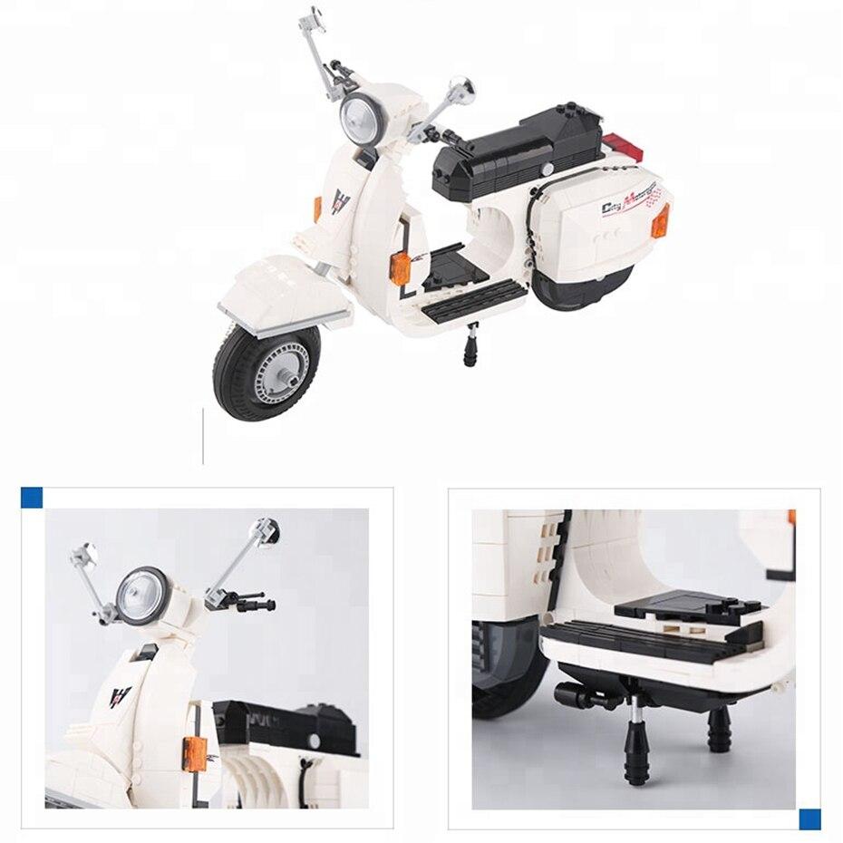 732pcs-white-color-scooter-model-plastic-diy (1)