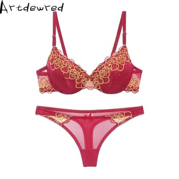 Hot sexy brassiere embroidered und