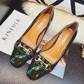 Nueva Europa Retro de La Moda de Primavera Bombas Hebilla de Metal Zapatos de tacón alto Tacones Gruesos zapatos de Tacón de Charol Zapatos G3267-6