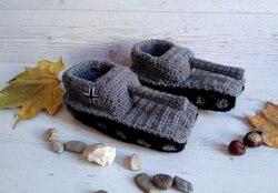 Вязаные крючком тапочки в форме танков, детские тапочки в форме танков, подарки бойфренда, подарок на день Святого Валентина, обувь в форме т...