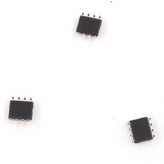 Circuito Oscilador 555 : Oscilador simétrico de onda quadrada com embarcados