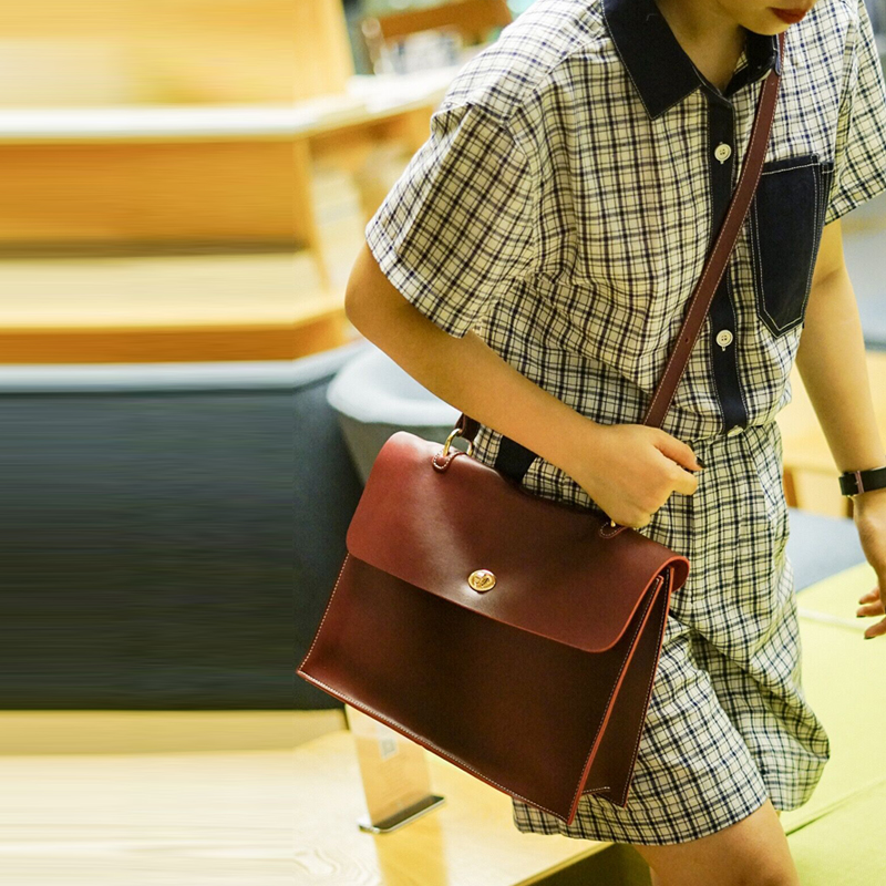 2018 Original brown 100% Genuine Leather Bag Cowhide Women Crossbody High Quality Vintage fashionable shoulder bags Hobos Bag2018 Original brown 100% Genuine Leather Bag Cowhide Women Crossbody High Quality Vintage fashionable shoulder bags Hobos Bag
