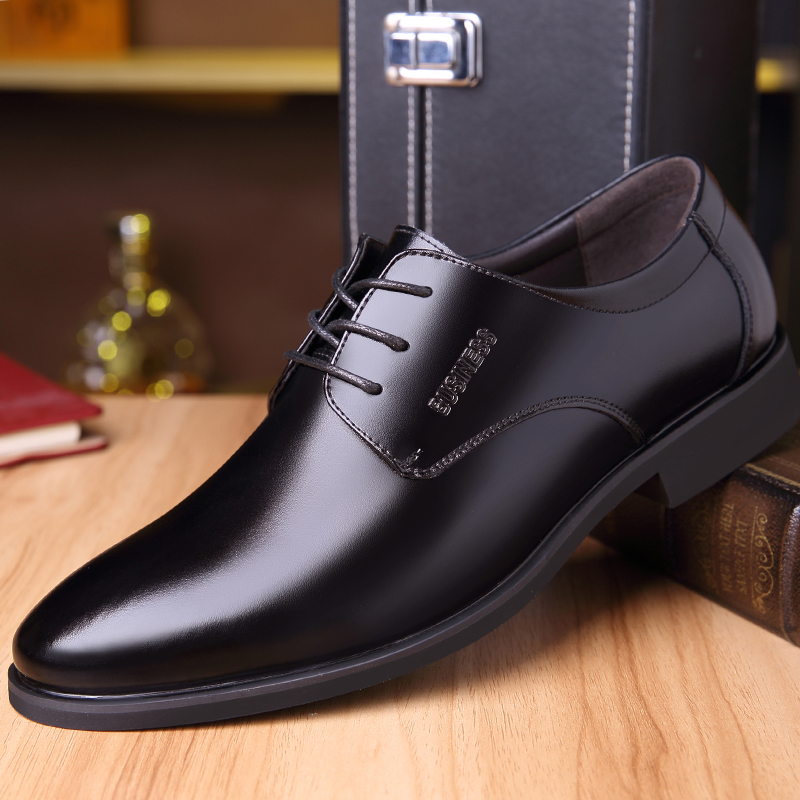 Break Out Spring Autumn Men Formal Wedding Shoes Luxury Men Business Leather Dress Shoes Men Loafers Pointy Shoes Oxfords