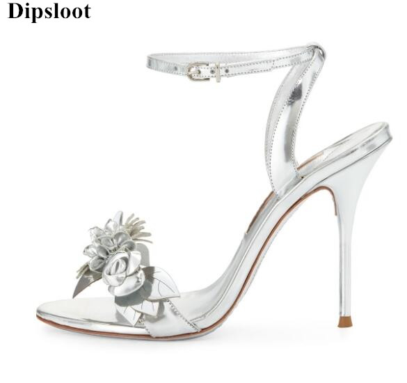 Dipsloot Hot 3d Flower Embellished Stiletto High Heels Dress Wedding Shoes Woman Buckle Strap Gladiator Sandals Peep Toe Shoes цена