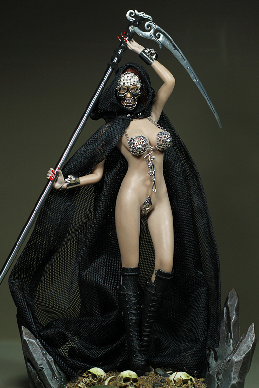 Mnotht Custom 1/6 Female Solider death Godness Skeleton corset Black cloak For PH TH Medium Chest Big Chest Auction Figures l30 mnotht 1 6 solider james 007 bond secret