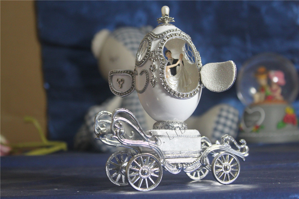 Décor à la maison coquille d'oeuf chariot boîtes à musique mariage Couple ouvert coquille d'oeuf coeur diamant ballerine boîtes à musique saint valentin cadeau