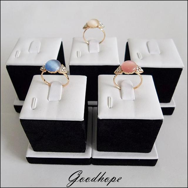 Wholesale Lot of 5 Bijoux Rings Display Stand Square Ring Holder