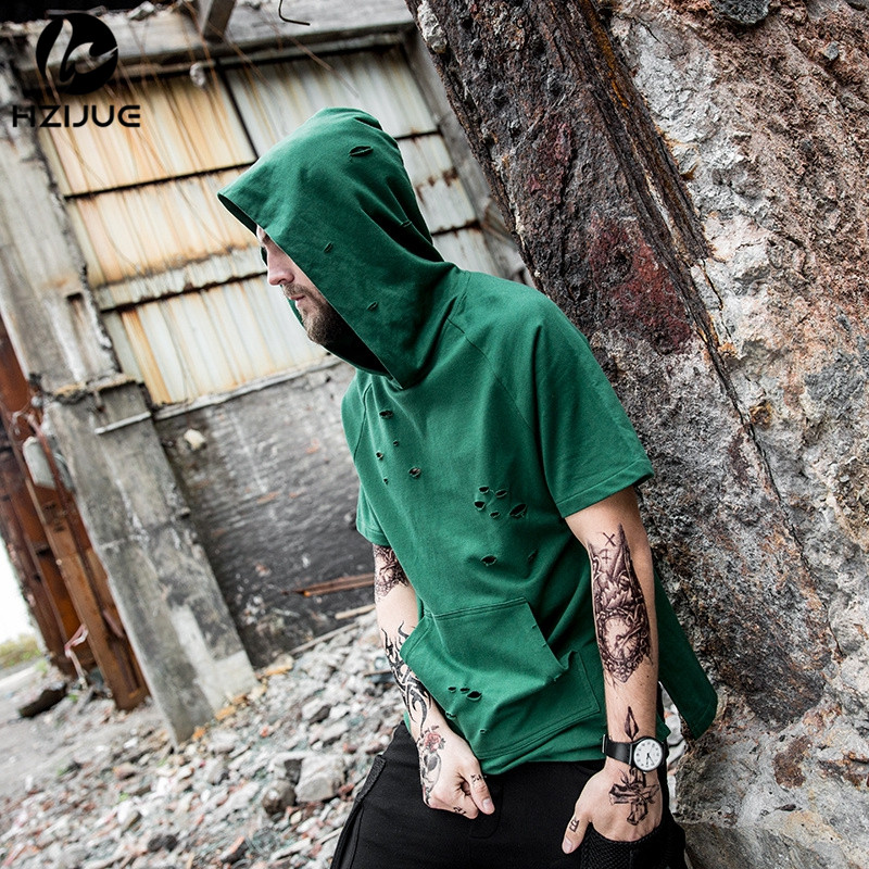 HZIJUE 2017 summer fashion men's t shirt with Cap black/gray/green hole hoody tops tees Short sleeve long hem kanye t shirt XK