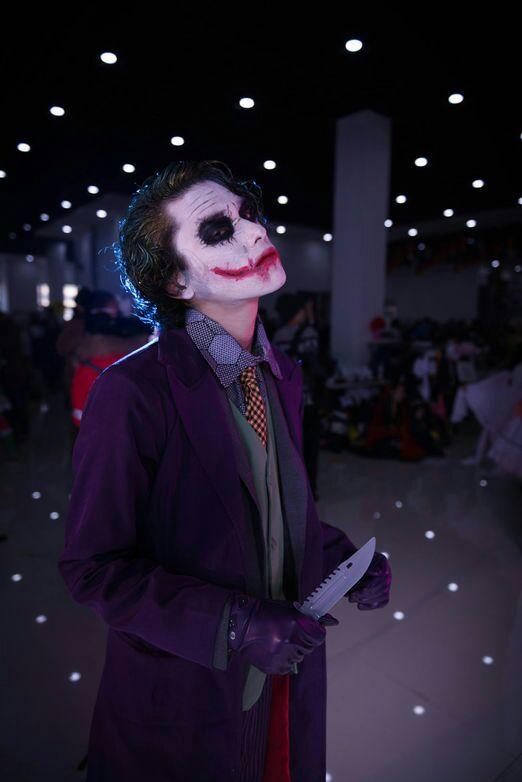 Batman Dark Night Joker Halloween Cosplay Costume For Men 6 Pcs Purple Coat Vest Shirt Pants Tie Gloves Movie Suit Outfit Set