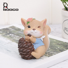 Roogo Small Squirrel Figurine Cute Home Decor Resin Garden Decoration Mini Ornaments For Living Room Creative Animal