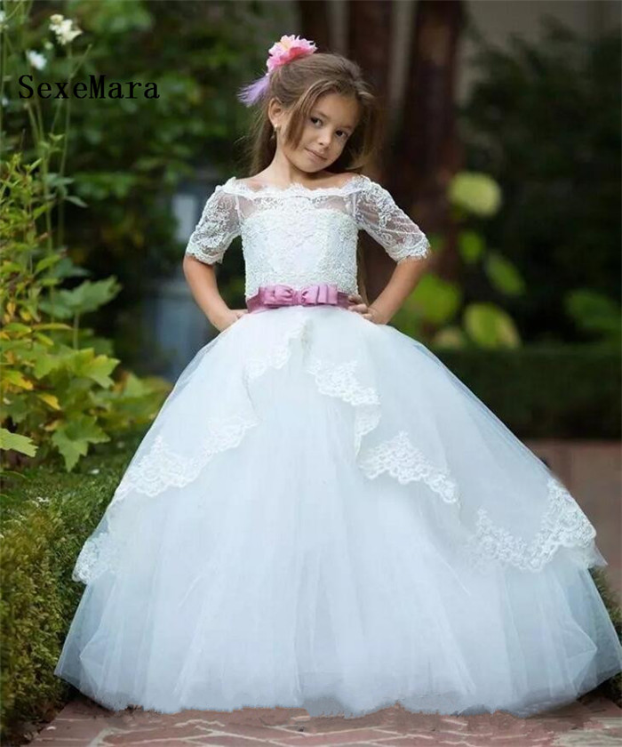 2018 Cute Bateau White Flower Girls Dresses With Sash Half Sleeves Lace Tulle Kids Communion Dresses Custom Made2018 Cute Bateau White Flower Girls Dresses With Sash Half Sleeves Lace Tulle Kids Communion Dresses Custom Made