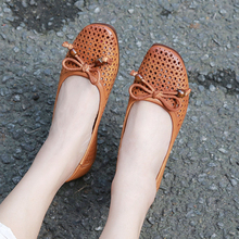 Moccasin Shoes Woman 2018 Summer Flat Shoes Female New Arrival Fretwork Bowknot Cool Flats Soft Round Toe Lady Handmade Shoes vallu buckle strappy women s flat shoes 2018 handmade real cow leather lady flats new arrival female leisure shoes