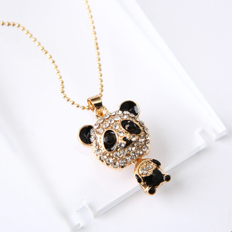 2018 Hot-selling Cute Rhinestone Panda Pendant Necklace for Women Crystal Sweater Necklaces Jewelry Accessories Christmas Gift