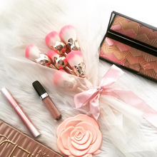 zwellbe 6 Pcs Rose Gloden Flower Shape Makeup Brushes Set Cosmetic Powder Face Pinceis Tool Blush Kabuki Brush Brocha Maquillaje(China)